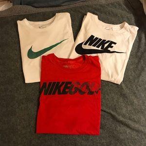 Bundle of EUC Nike Dri-Fit T-shirts